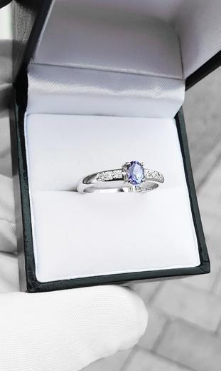 Zlatý prsten se safírem a diamanty 015150  - 3