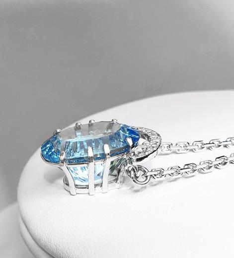 Zlatý přívěšek s topazem a diamanty Hvězdná brána 023559  - 4