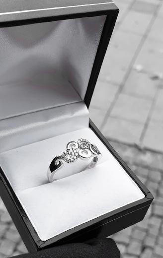 Zlaty prsten s diamanty 039128  - 4