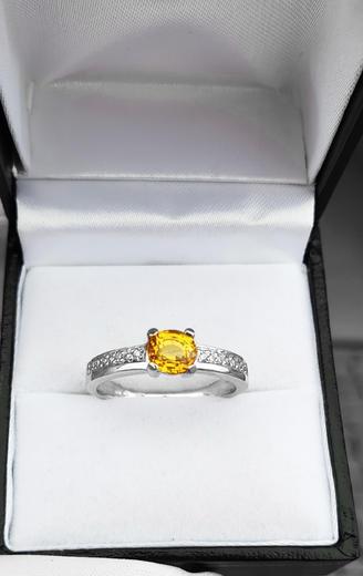 Zlatý prsten se safírem a diamanty PD341  - 4