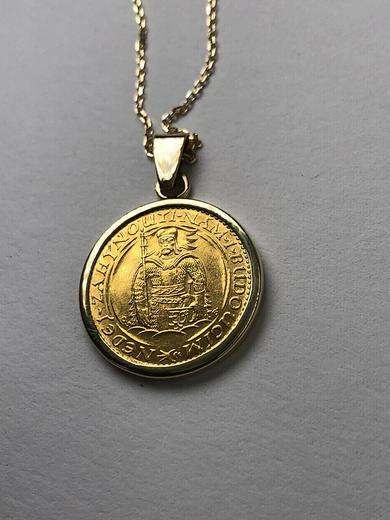 Zlatý přívěšek sv. Václav 21052021  - 5